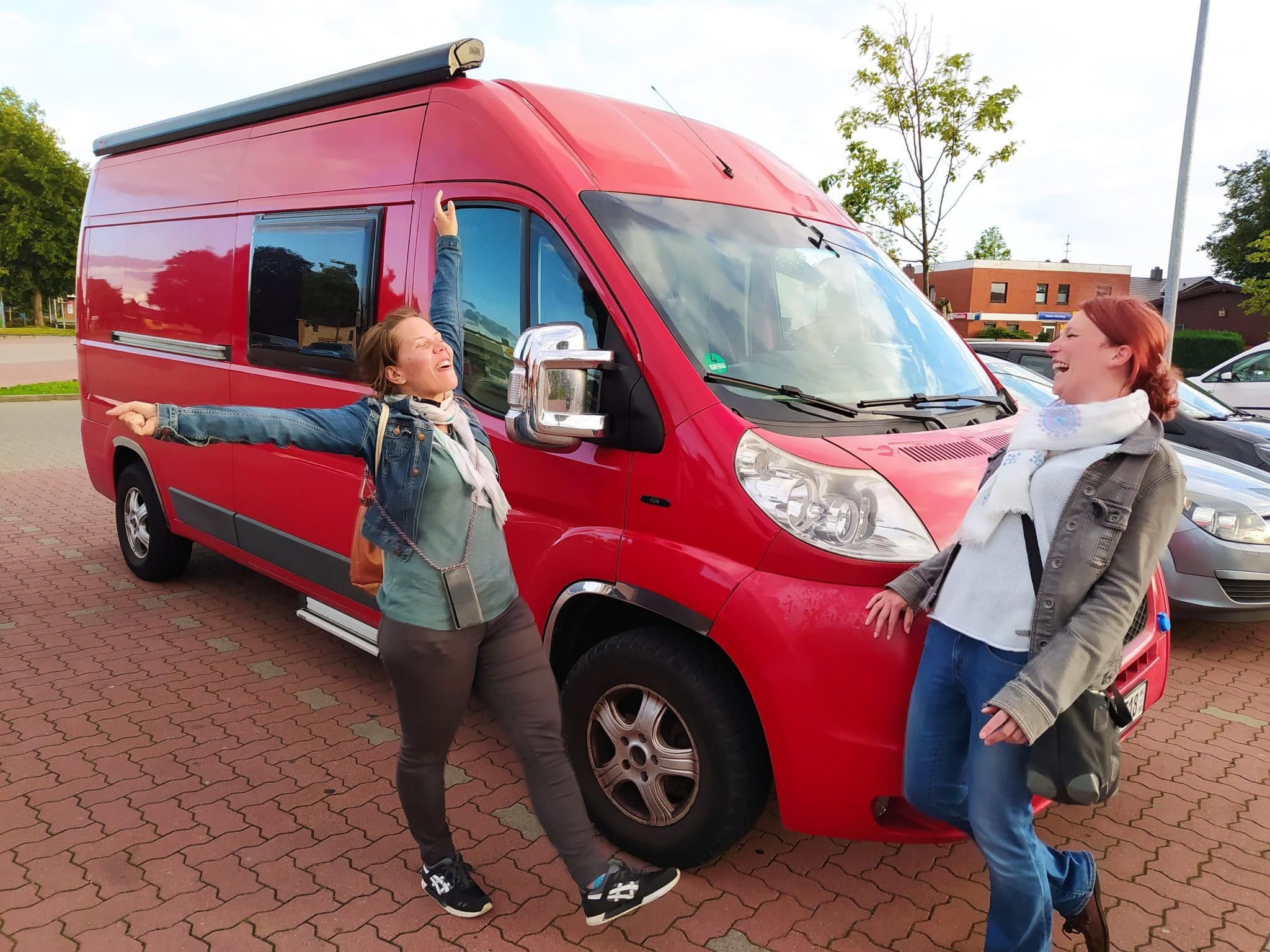 Susann Domrowe Busser Camping Vanlife Camper Ausbau